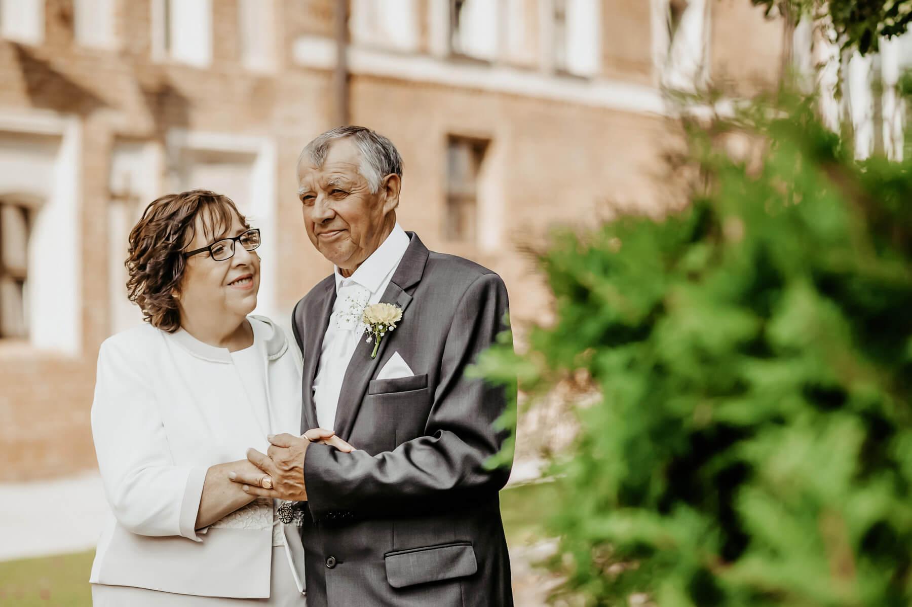 50 metu santuokos izadu atnaujinimas