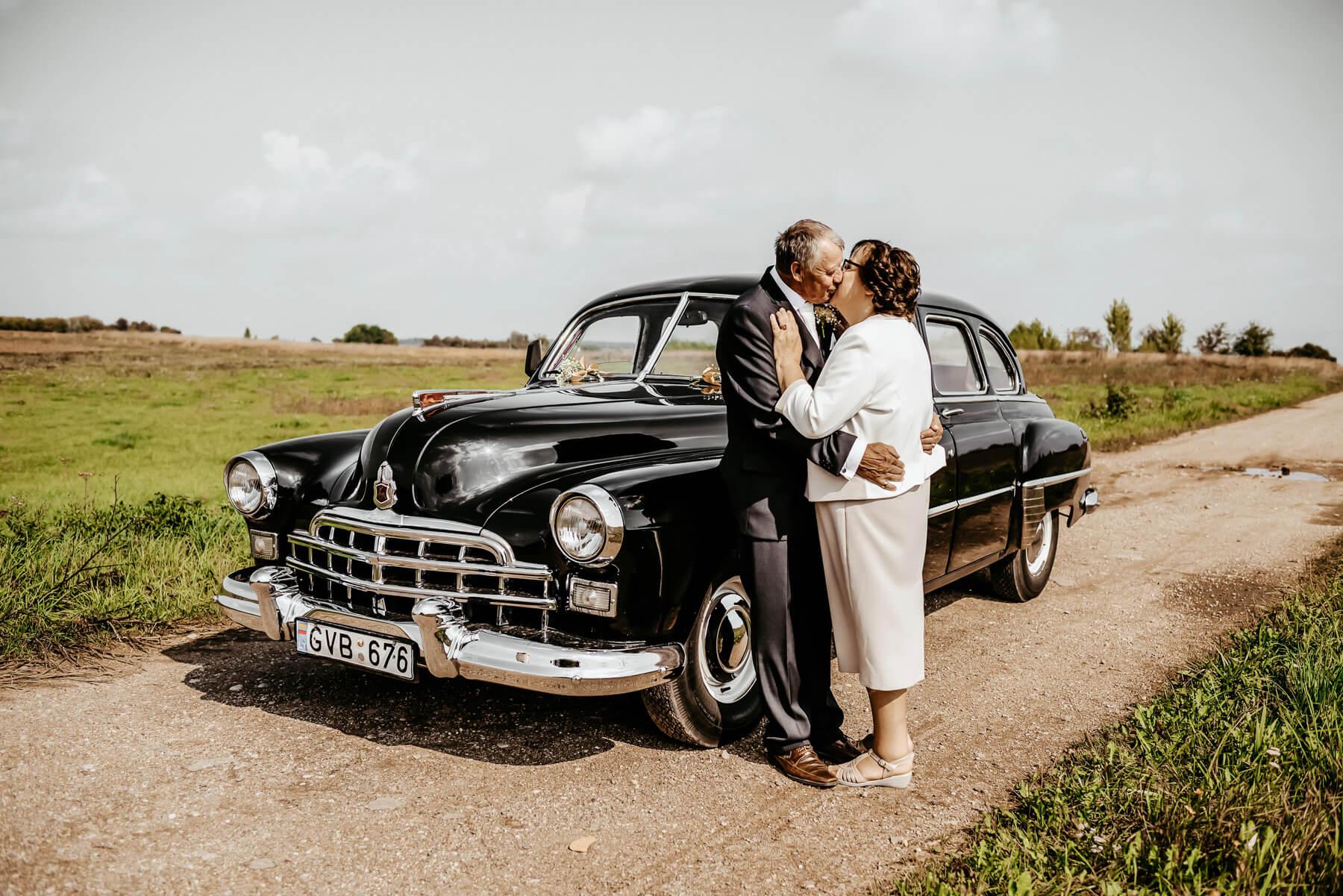 50 metu vestuviu metines senjorai